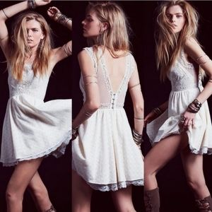 Free People Rare Victoria lvory Lace Dress Large